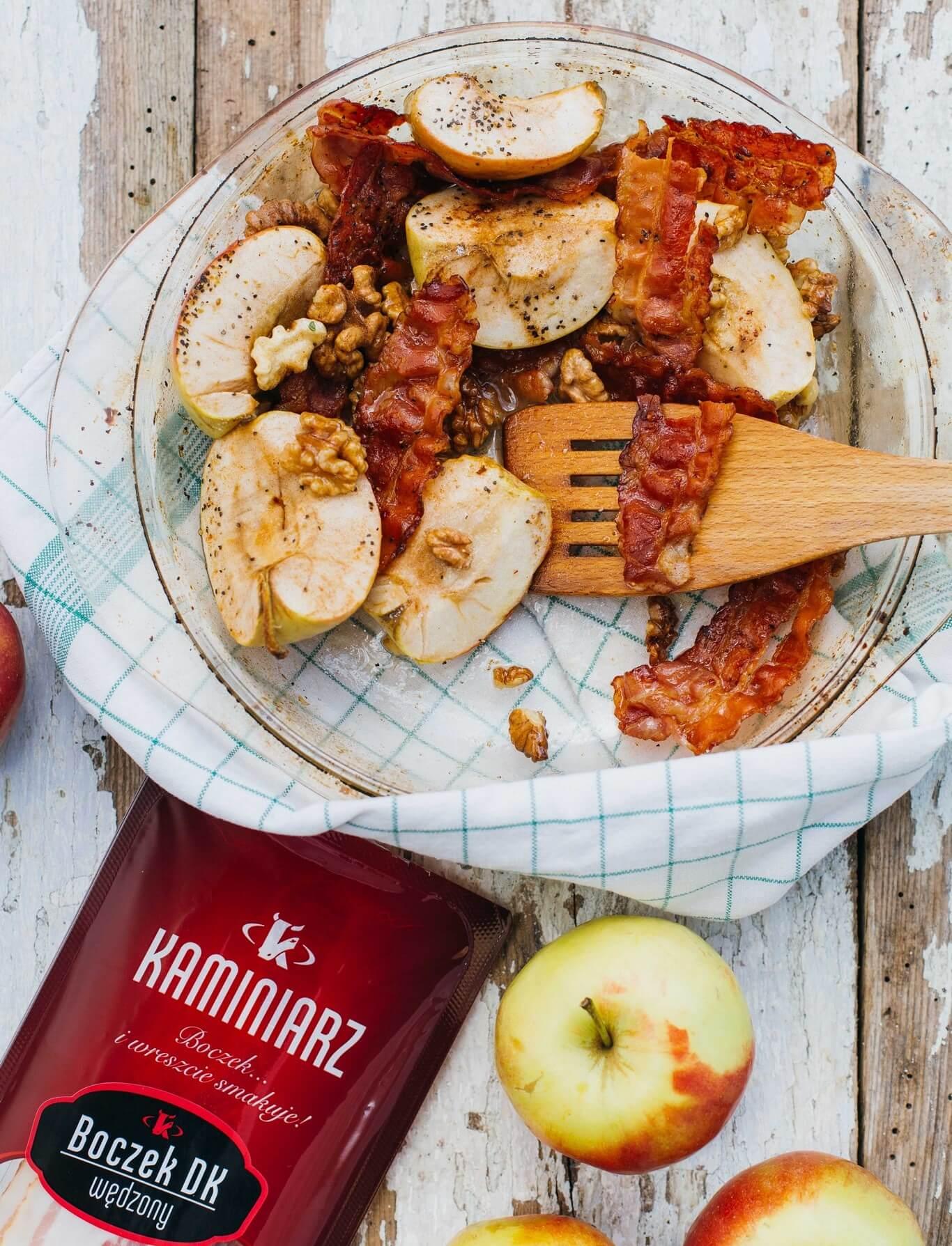 karmelizowane-jablka-z-orzechami-i-boczkiem2
