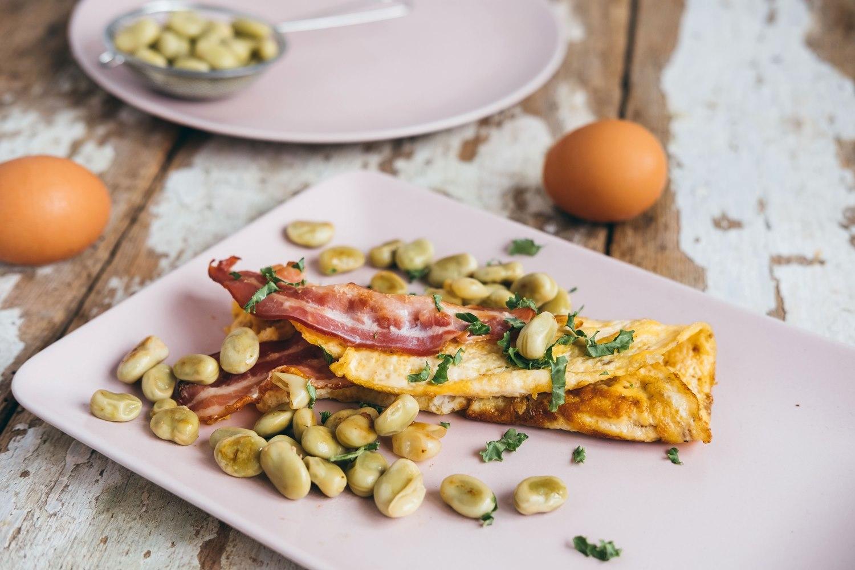 Omlety z bobem i boczkiem dojrzewającym Kaminiarz