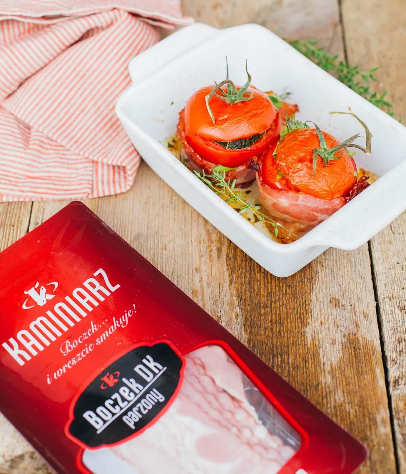 faszerowane-pomidory-z-boczkiem-i-kasza-kuskus4