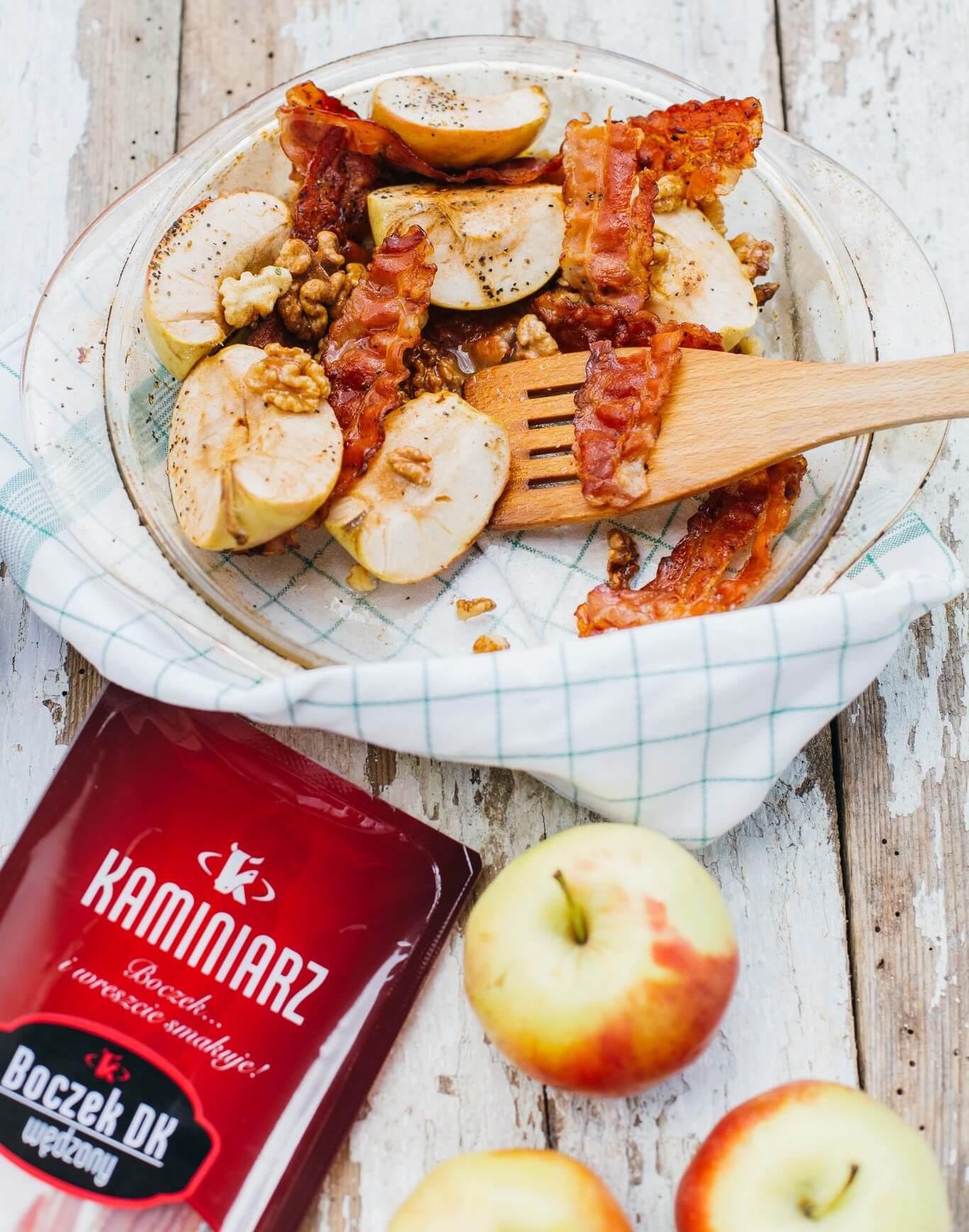 karmelizowane-jablka-z-orzechami-i-boczkiem3