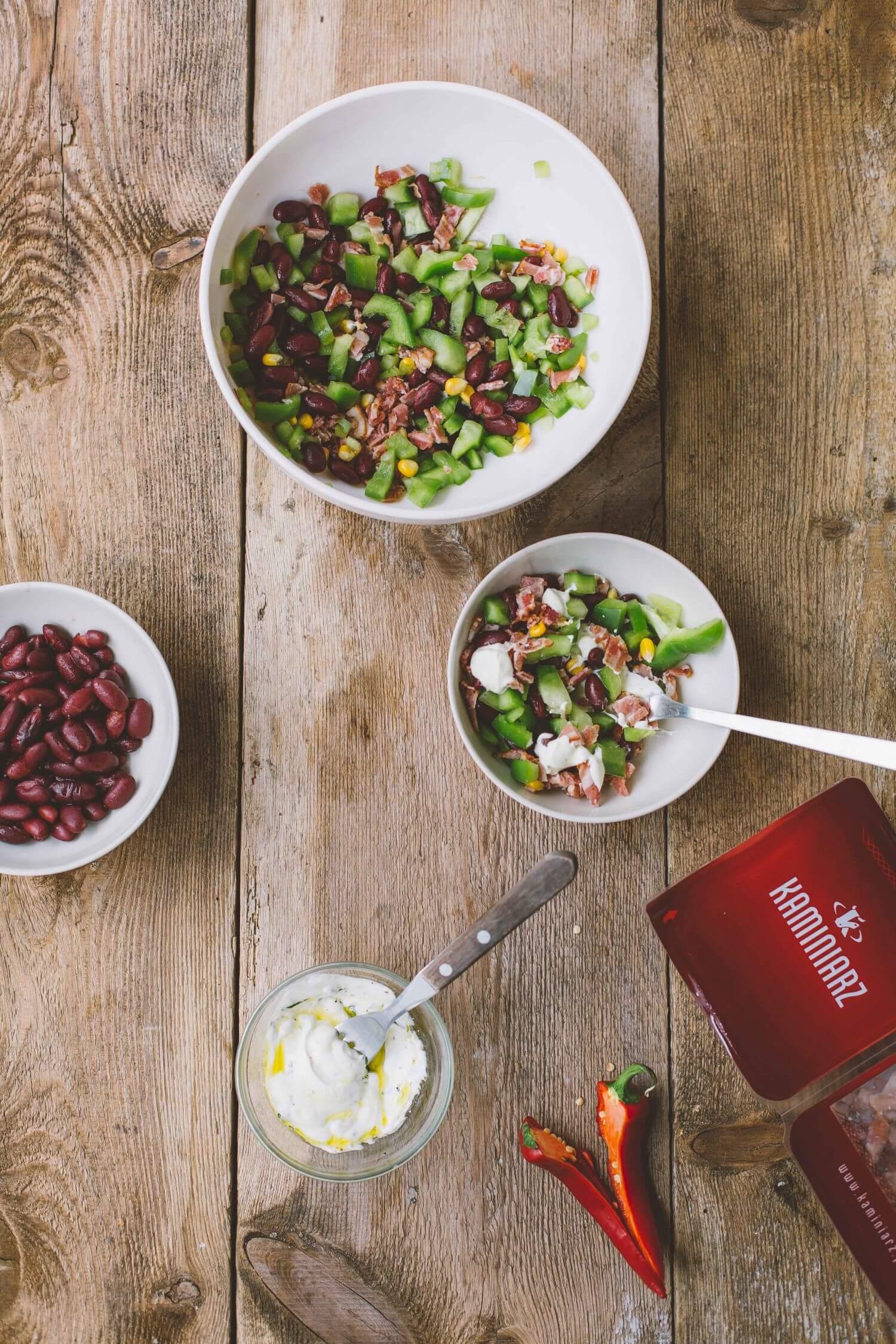 salatka meksykanska z bekonem i chilli