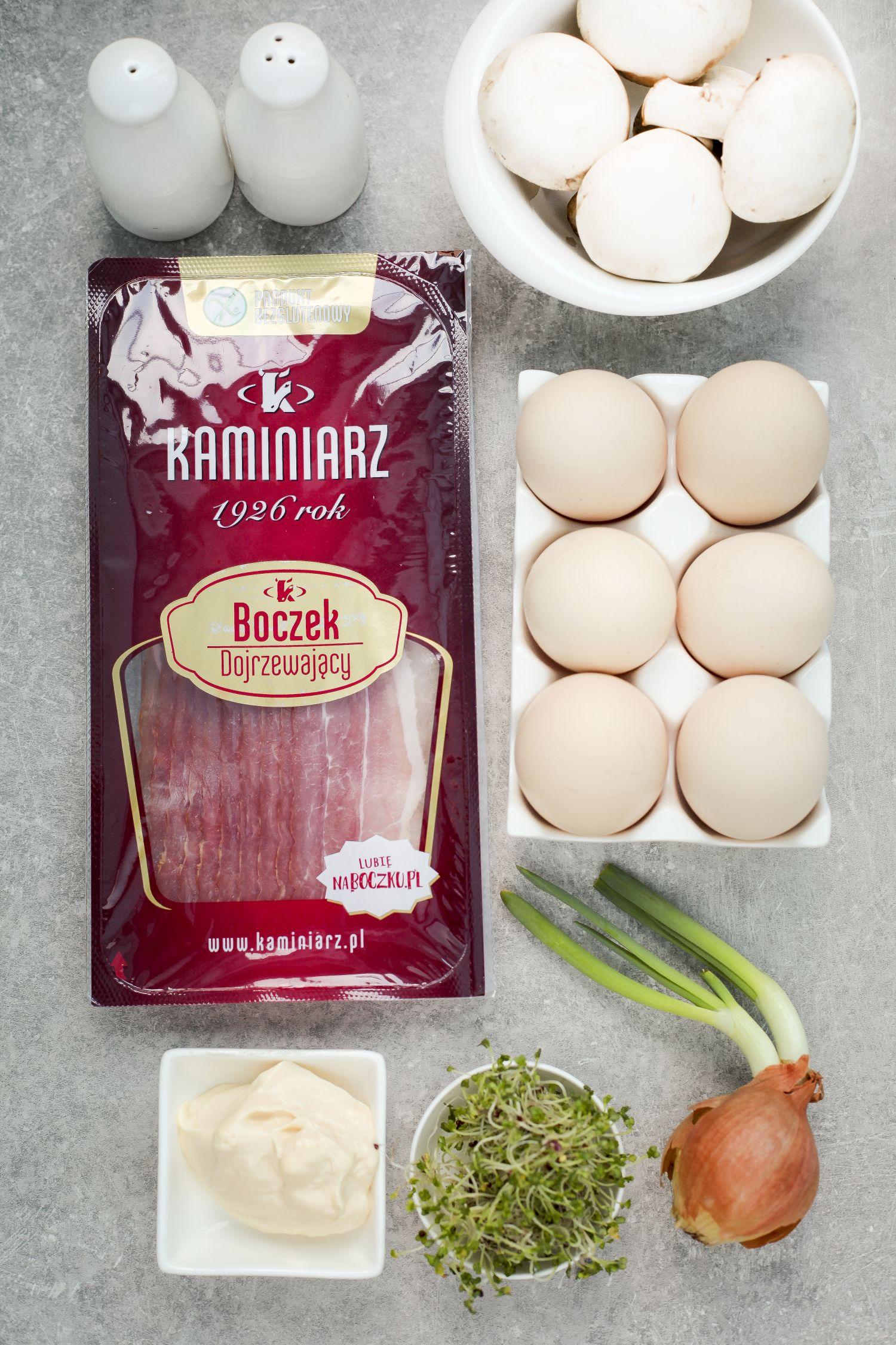 przepis na swieta wielkanocne: pasta jajeczna z boczkiem dojrzewajacym